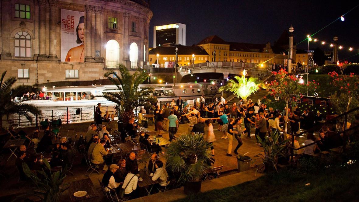 Noční Berlín