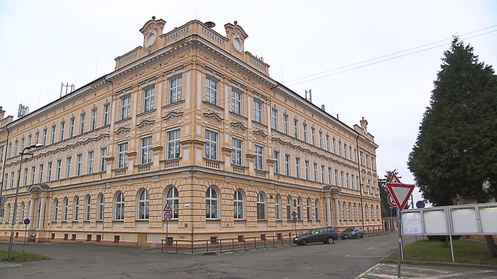 Škola v Sadské
