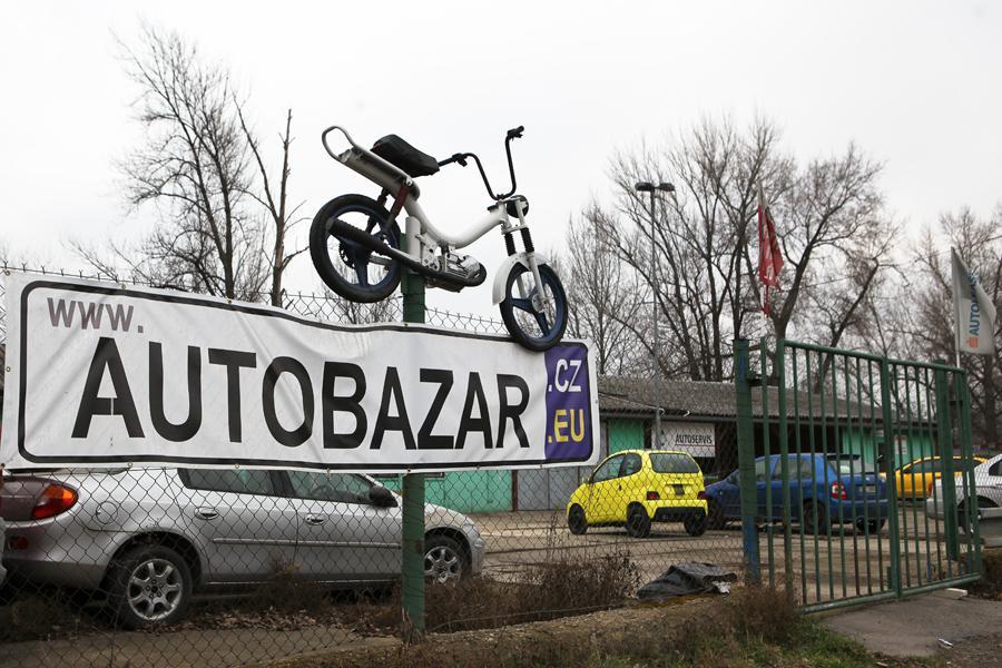 Autobazar na Libeňském ostrově