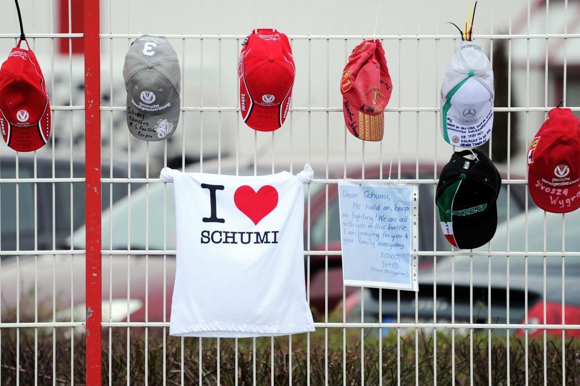 Schumacher není v boji o svůj život sám