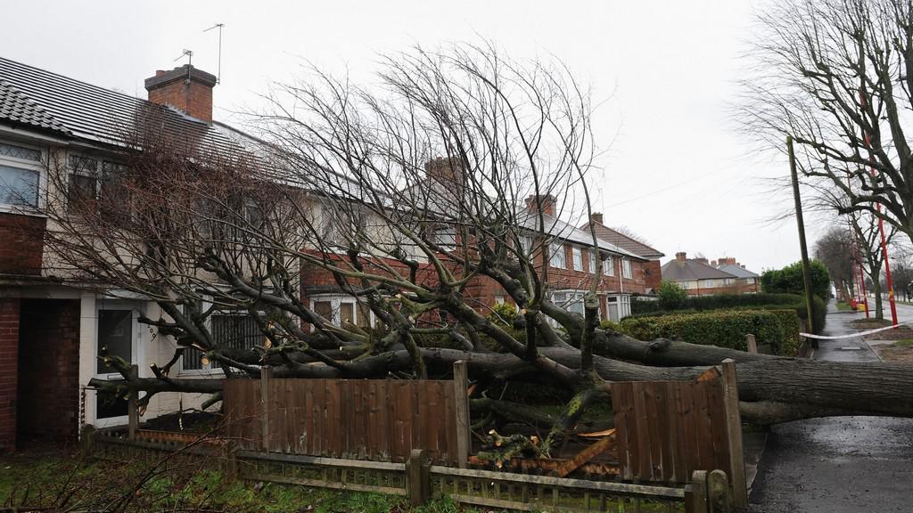 Jihozápad Británie zasáhla vichřice