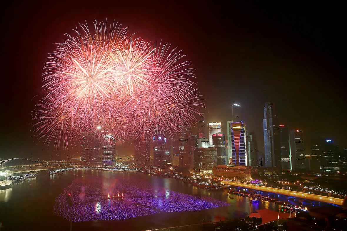 Singapur oslavuje příchod roku 2014
