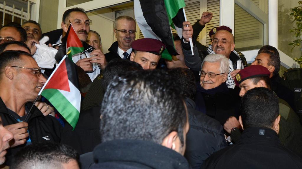 Setkání propuštěných vězňů s prezidentem Abbásem