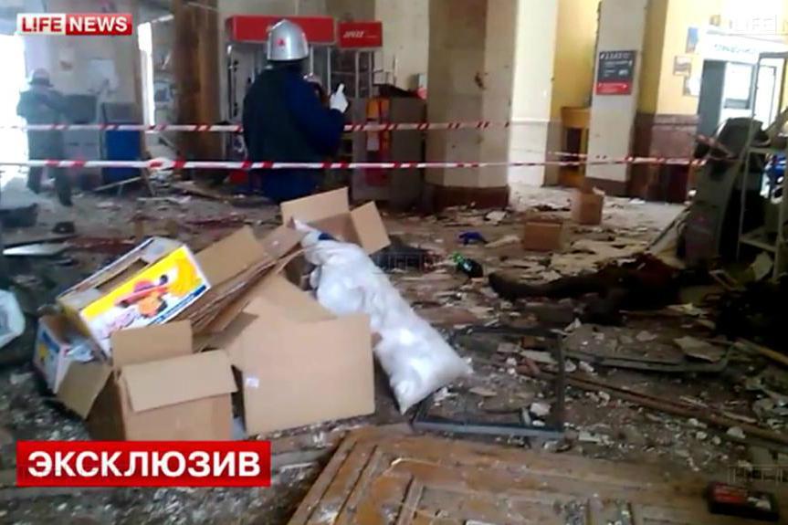 Volgogradské nádraží zničené výbuchem