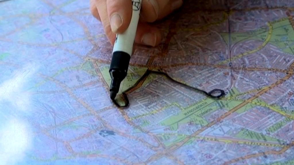 Adepti na řidiče taxi v Londýně tráví roky nad mapou