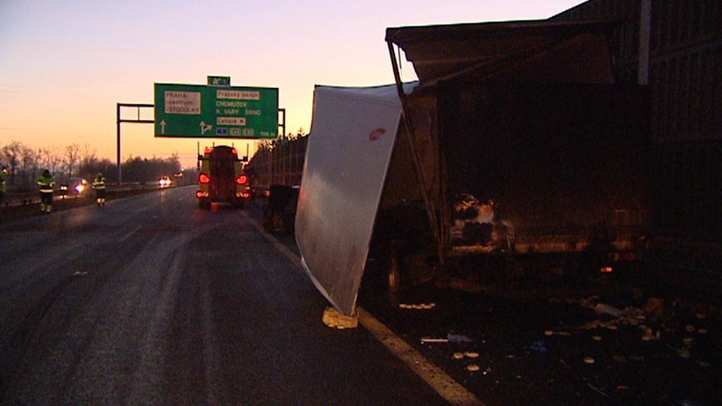 Nehoda kamionu na D5