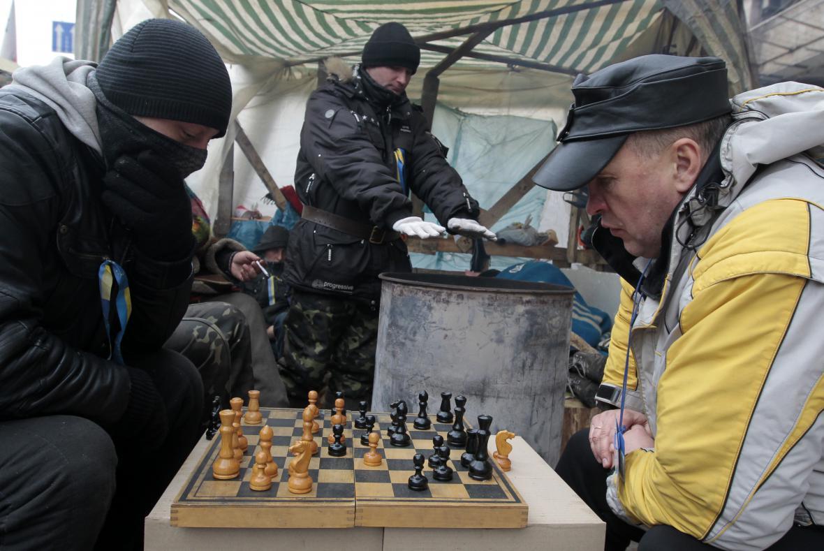 Proevropští aktivisté na kyjevském náměstí Nezávislosti