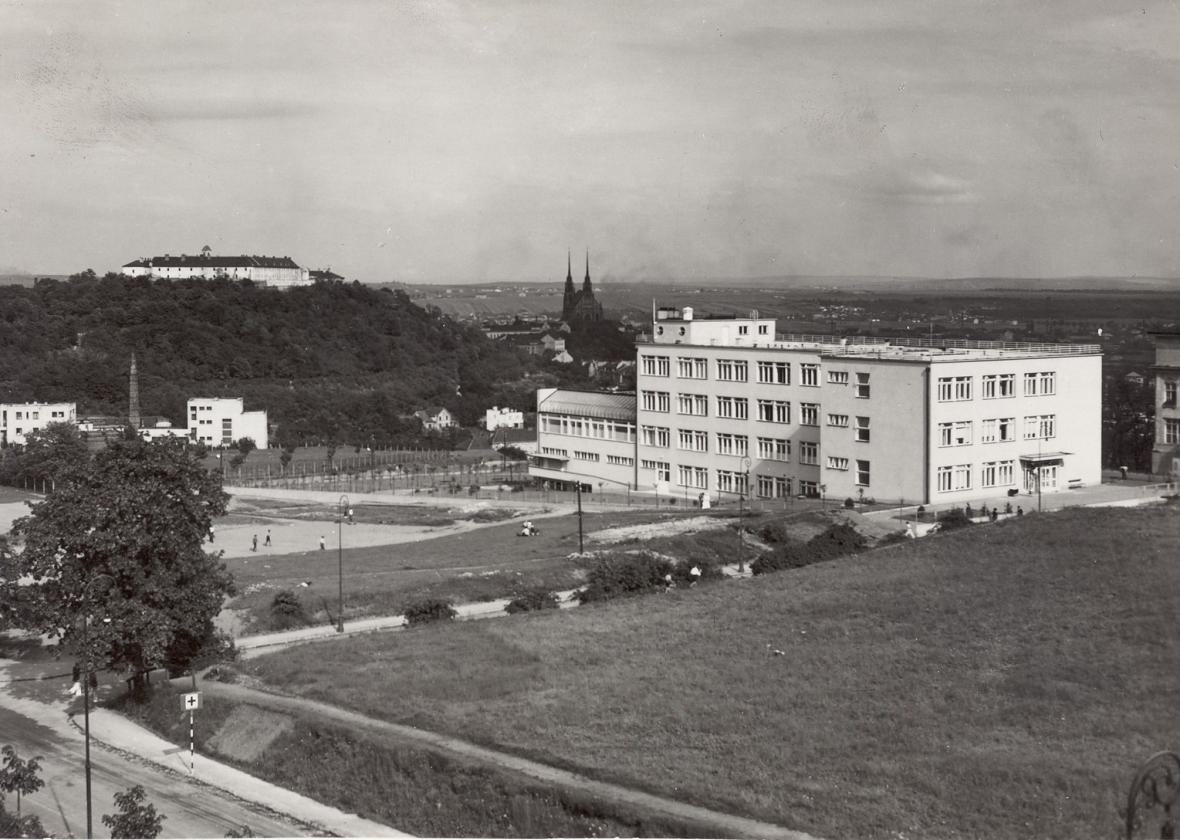 Bedřich Rozehnal / Léčebný ústav Dům útěchy Brno 1931-1935