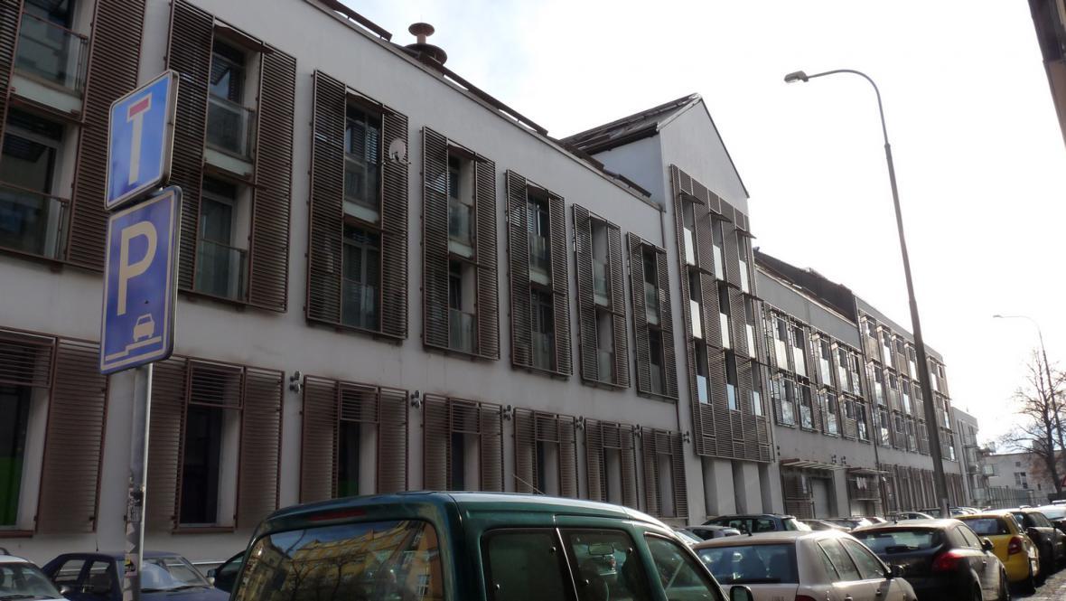 Bývalý pivovar přeměněný na obchodní a bytovou rezidenci