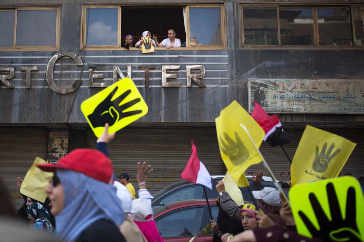Demonstrace stoupenců svrženého prezidenta Mursího