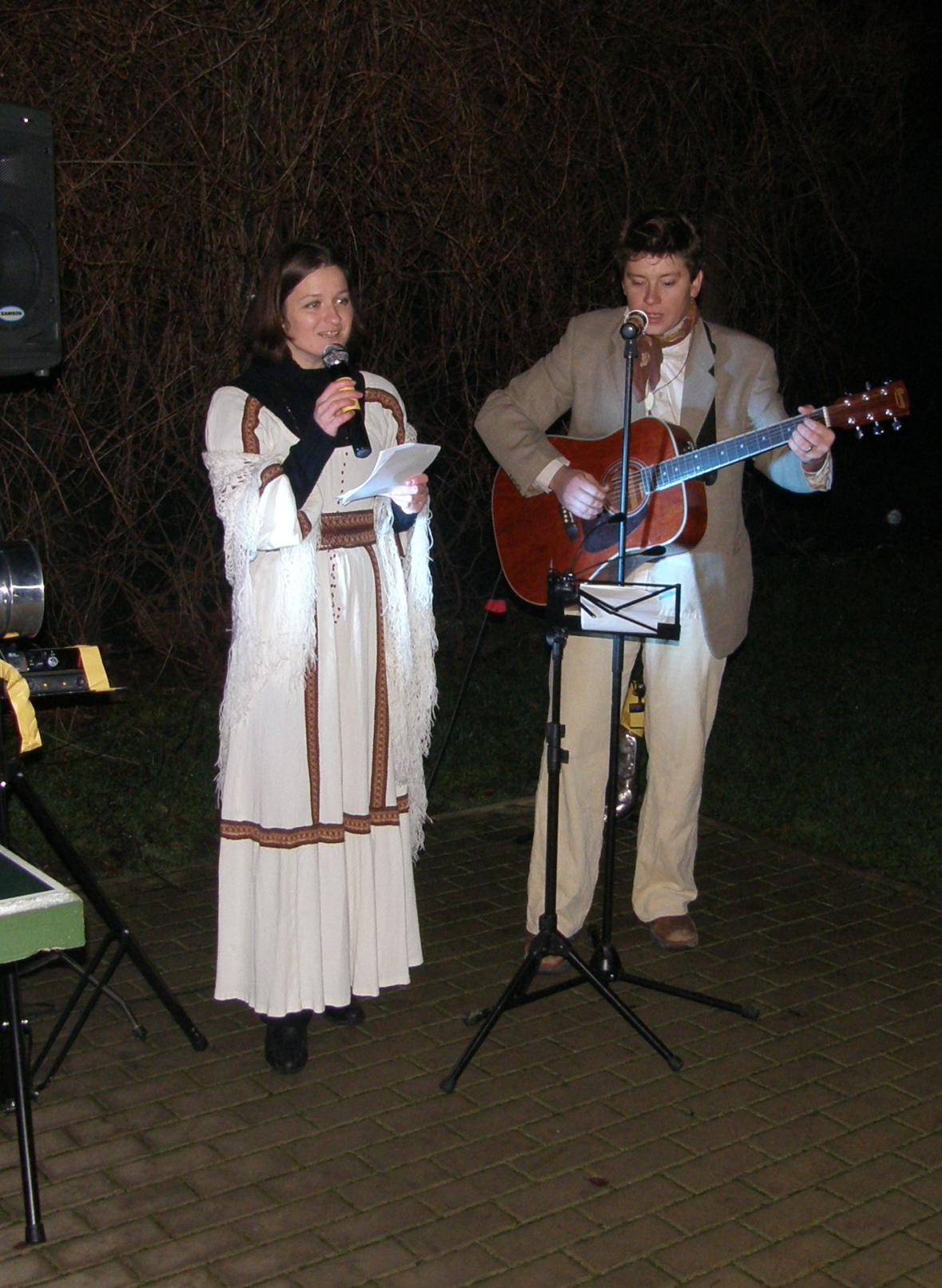 Zpívání vánočních koled v Kololeči