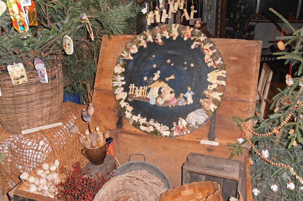 Kruhový betlém na výstavě