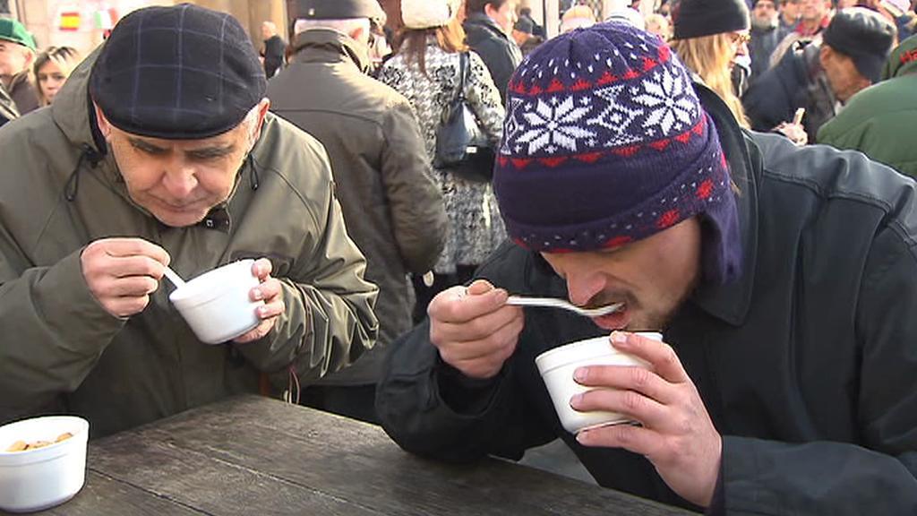 Vánoční polévka na Staroměstském náměstí v Praze
