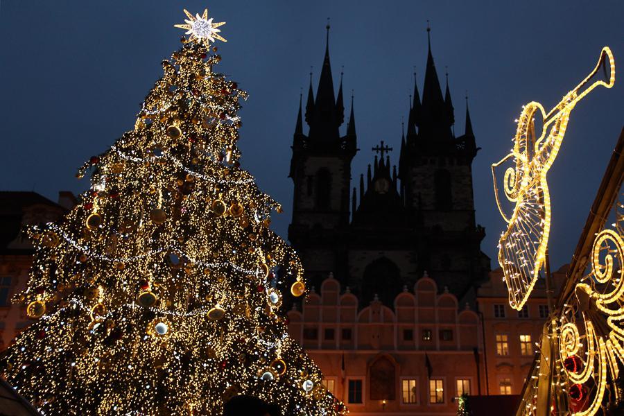 Vánoční výzdoba Staroměstského náměstí