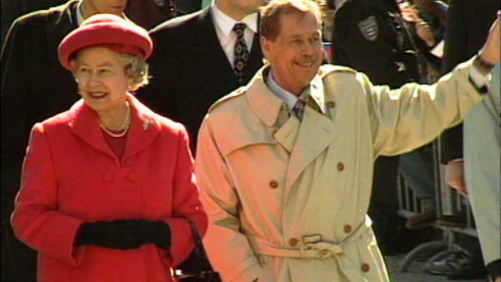 Alžběta II. a Václav Havel