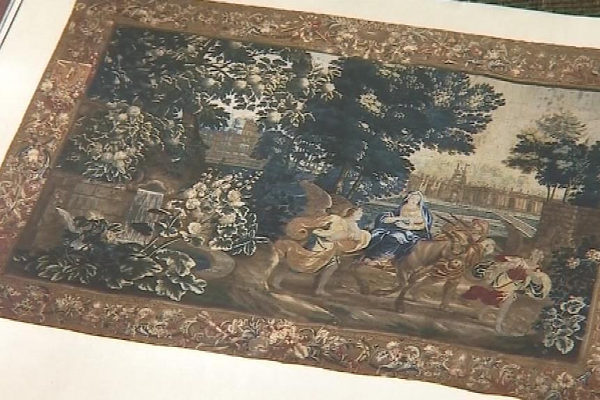 Gobelín znázorňuje Pannu Marii s Ježíškem při útěku do Egypta