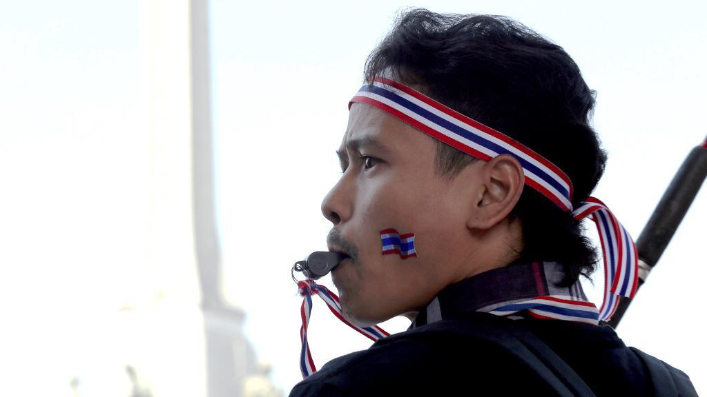 Thajský protivládní demonstrant
