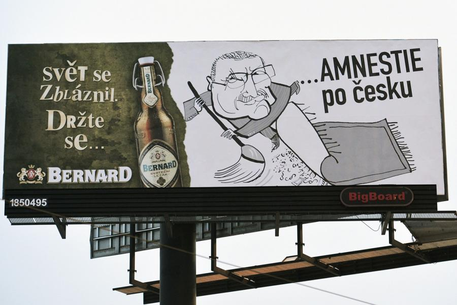 Billboard po amnestii Václava Klause
