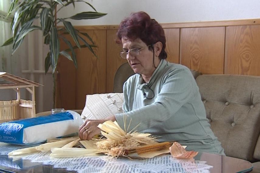 Výroba tradičních ozdob