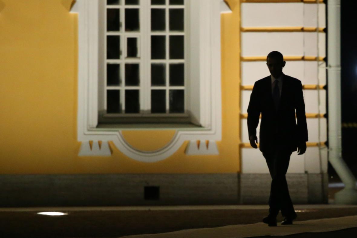 Obama míří na večerní banket