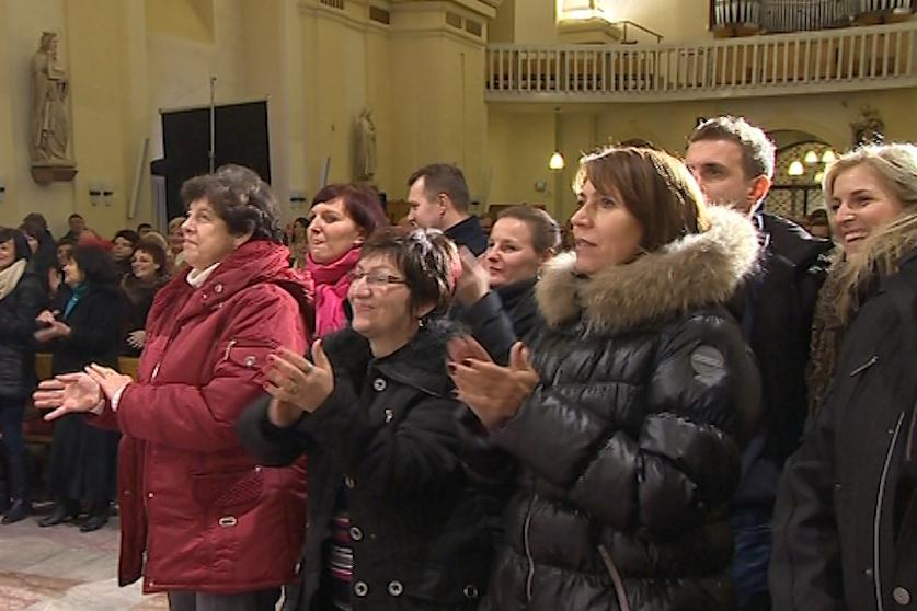 Zpěvákům aplaudoval kostel svatých Filipa a Jakuba