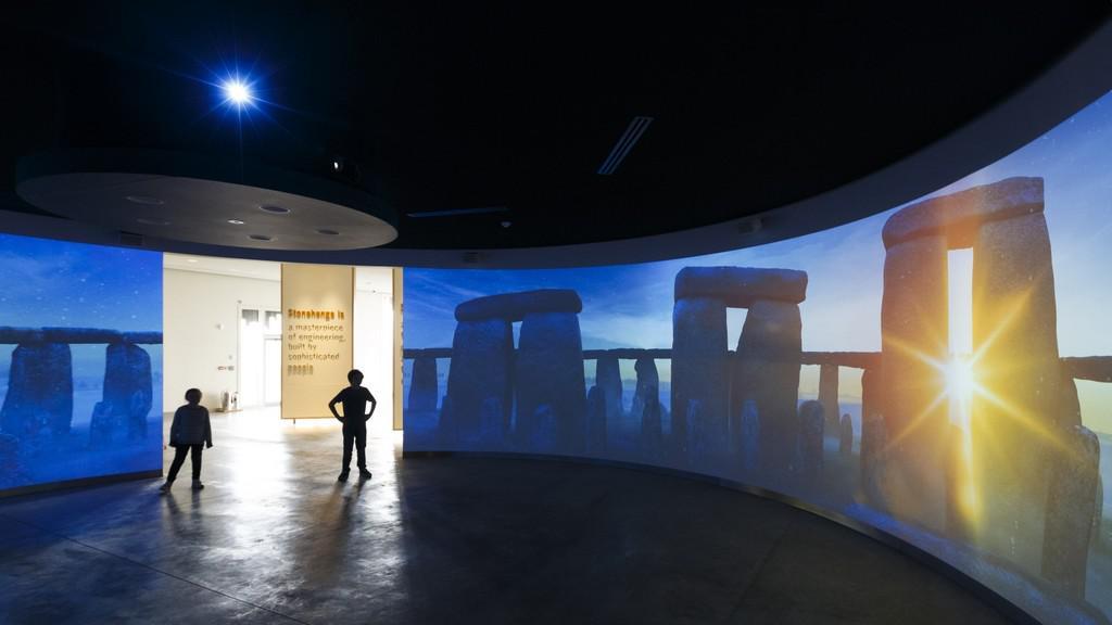 Nové informační centrum ve Stonehenge