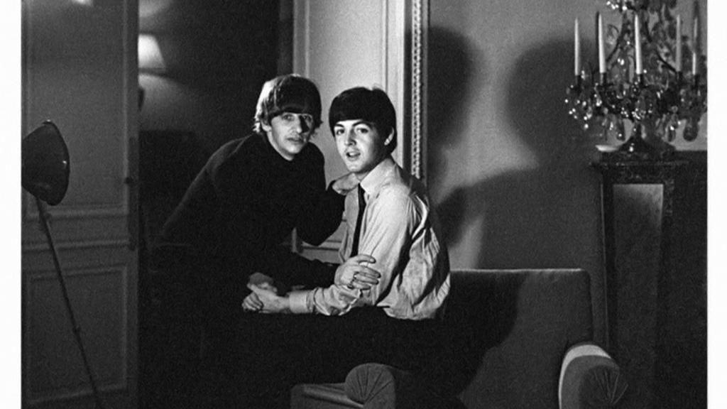 Fotografie Ringo Starra, na které je s Paulem McCartneym
