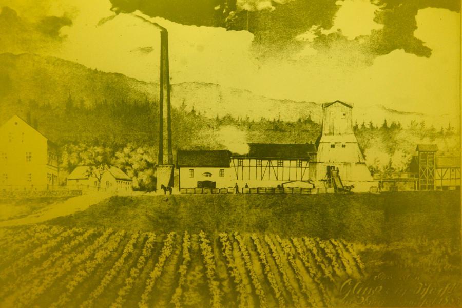 Kopie historické kresby těžební věže na okraji Jiřetína