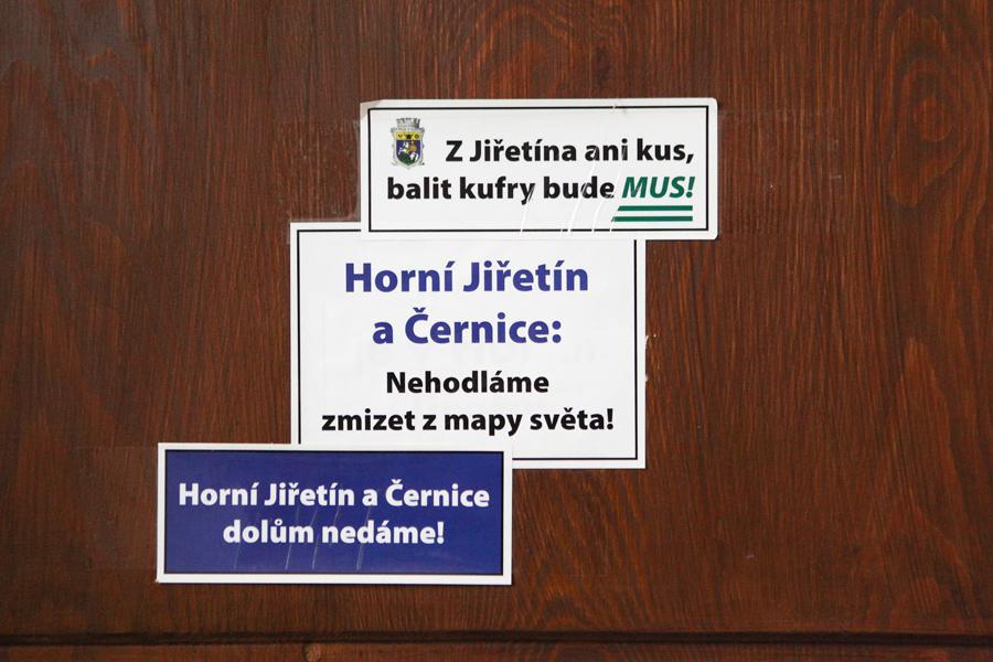 Dveře v Horním Jiřetíně