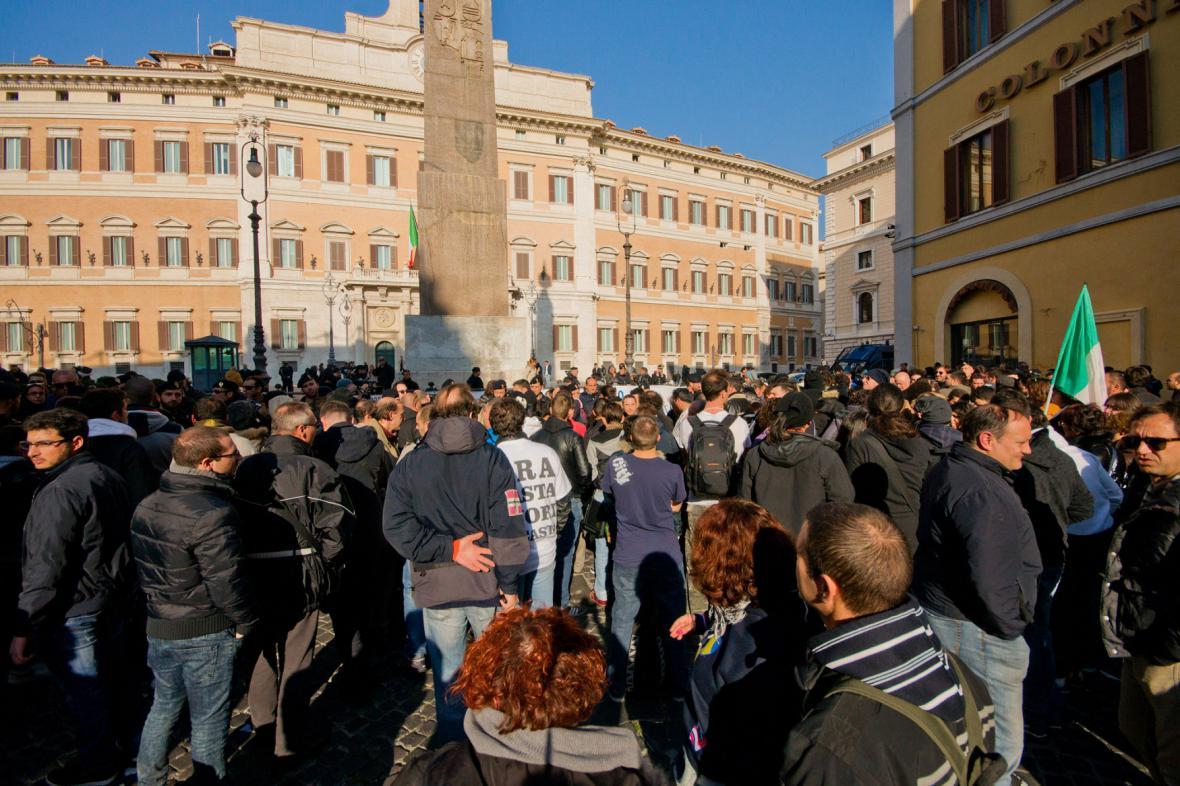 Hnutí vidlí protestuje v ulicích italských měst