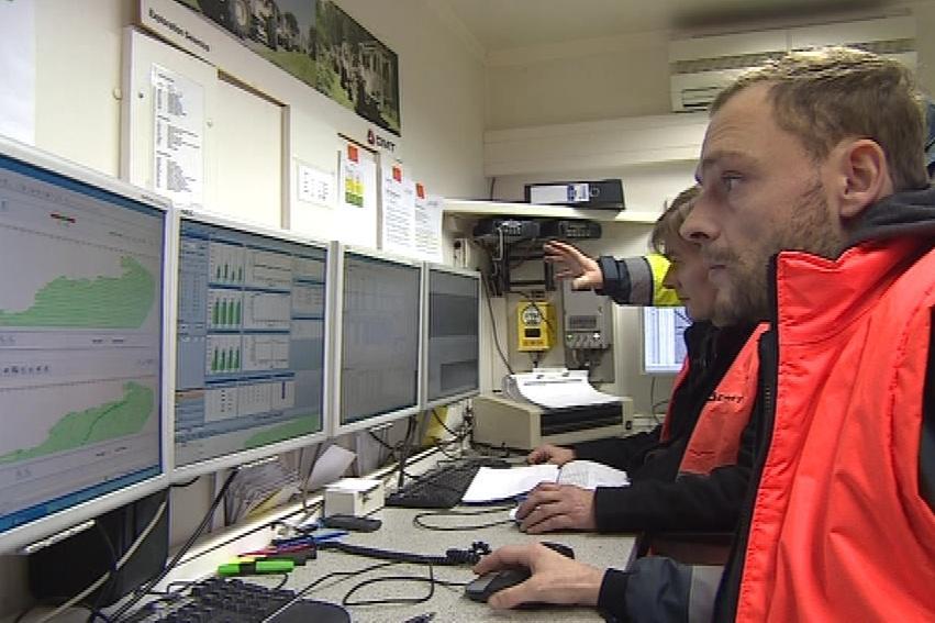 Data ze senzorů se sbíhají do řídícího centra