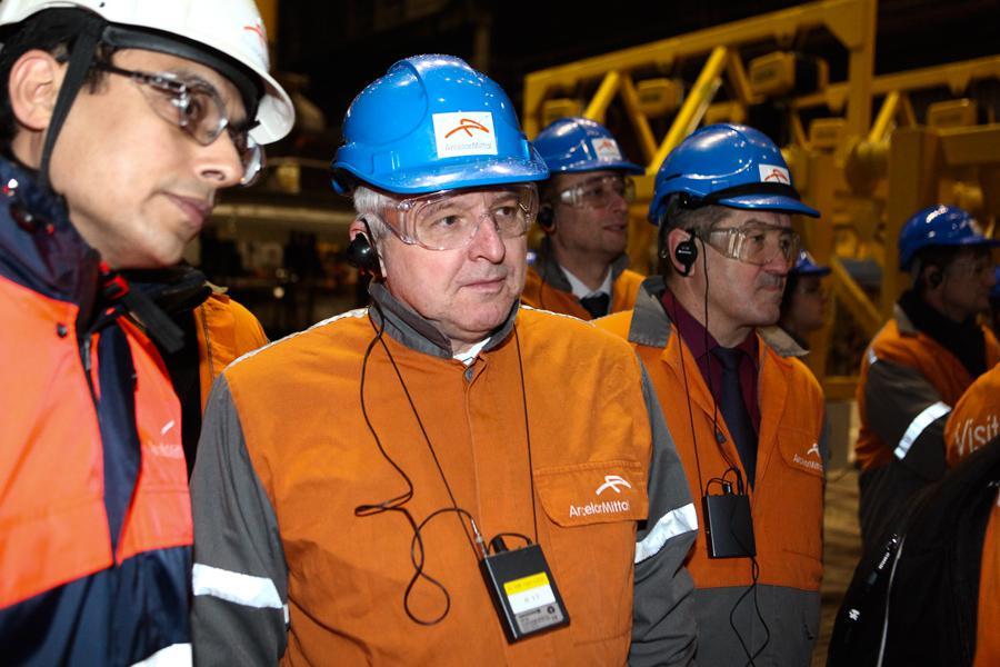 Premiér Rusnok při návštěvě ocelárny ArcelorMittal