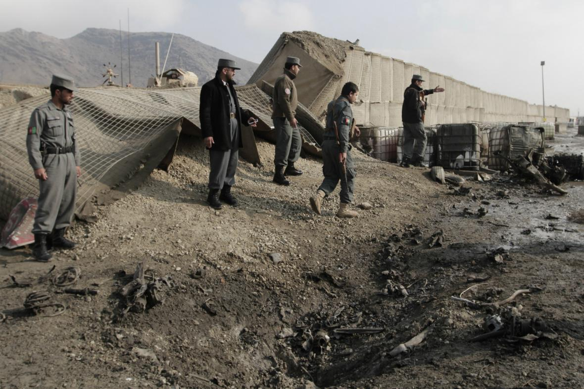 Útok u letiště v Kábulu