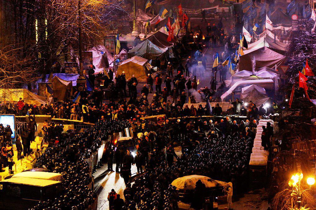 Policisté a demonstranti na kyjevském náměstí Nezávislosti