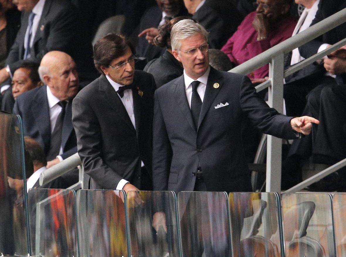 Belgický premiér Elio Di Rupo a belgický král Phillipe