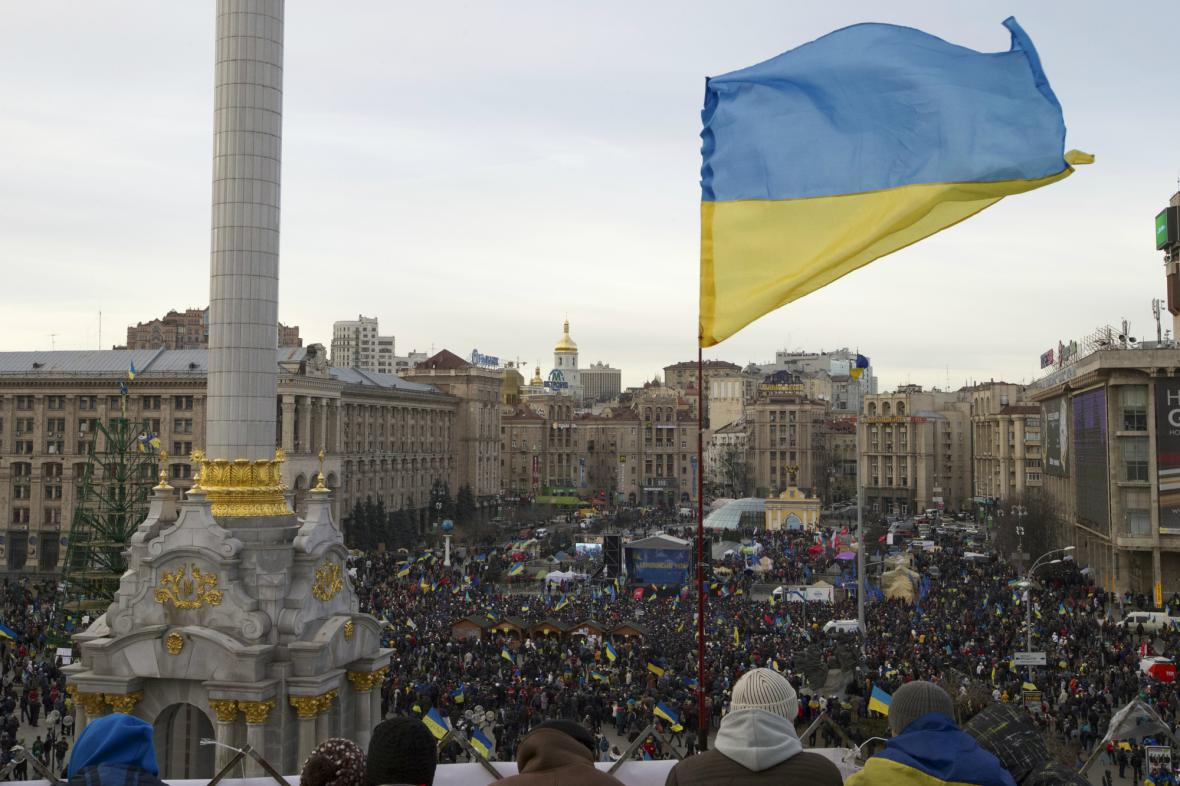 Demonstranti na kyjevském náměstí Nezávislosti