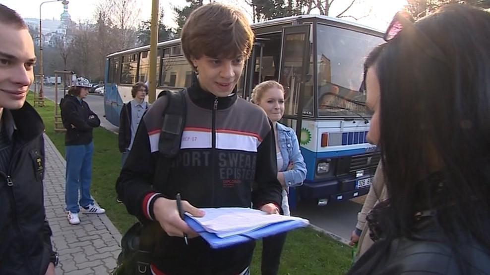 Petici proti slučování podepsala většina studentů