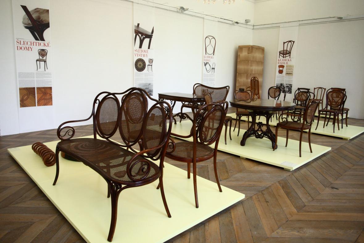Výstava ohýbaného nábytku TON