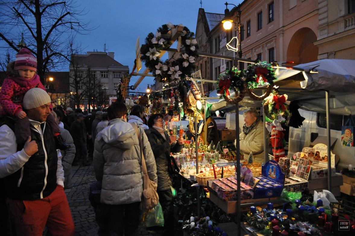 Program při rozsvícení vánočního stromu v Lounech