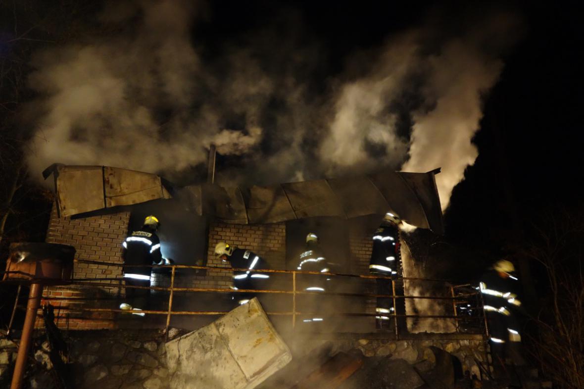 Požár chaty v Moravanech