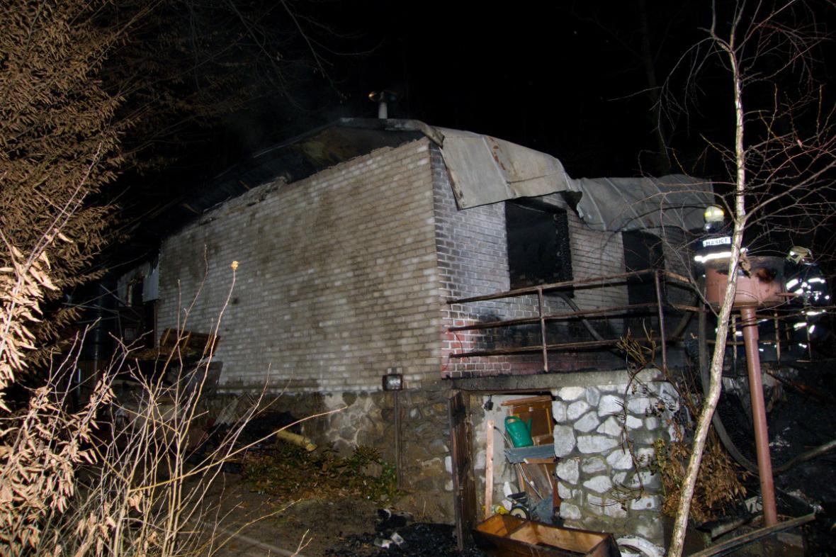 Škodu vyšetřovatel předběžně vyčíslil na 300 tisíc korun
