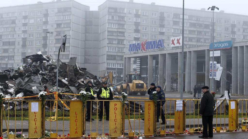 Kolaps obchodního centra v Rize