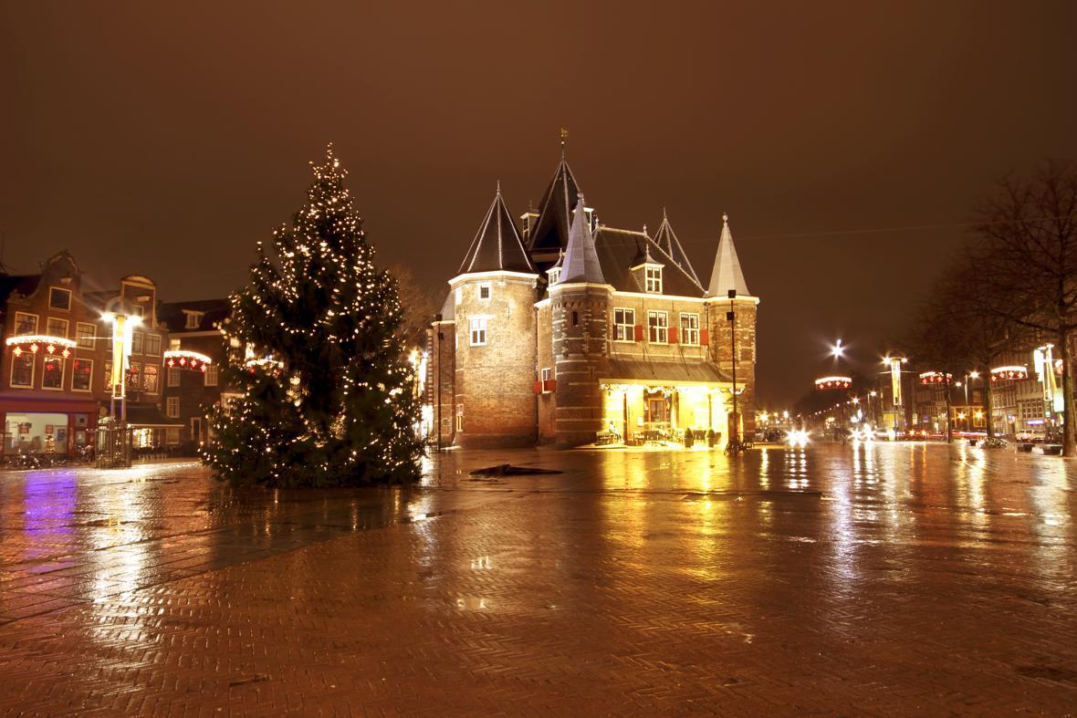 Amsterodam - o Vánocích jsou prázdná muzea, můžete navštívit třeba dům Anny Frankové