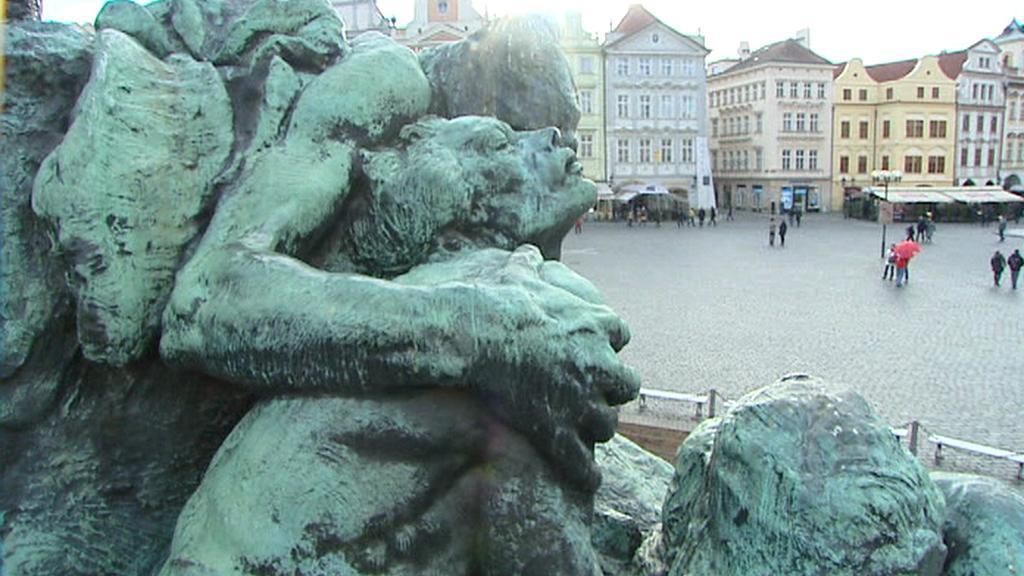Pomník mistra Jana Husa / detail