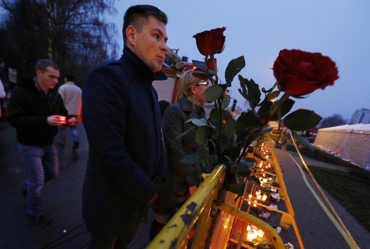Vzpomínka na oběti neštěstí v Rize