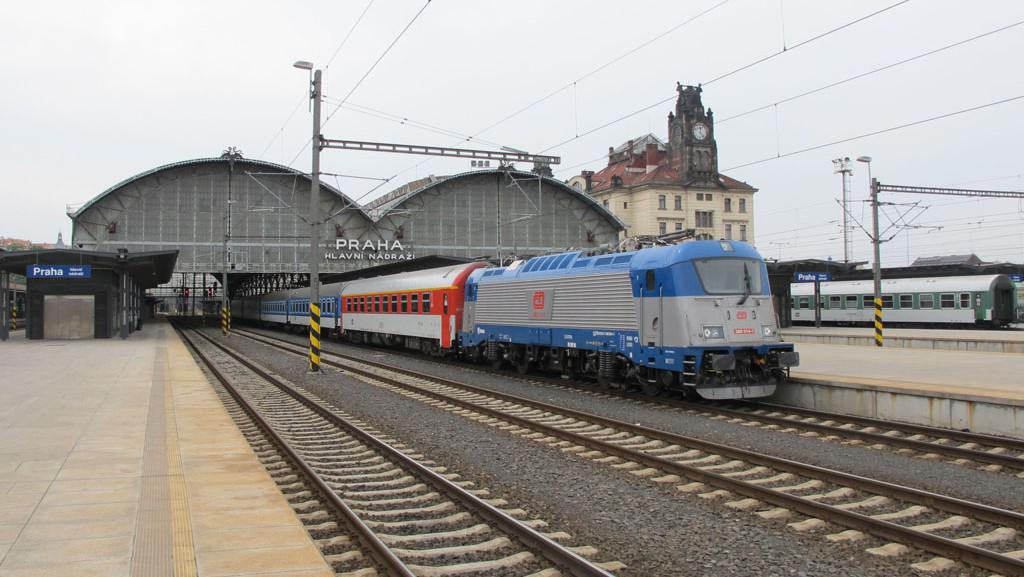 Dálková železniční doprava