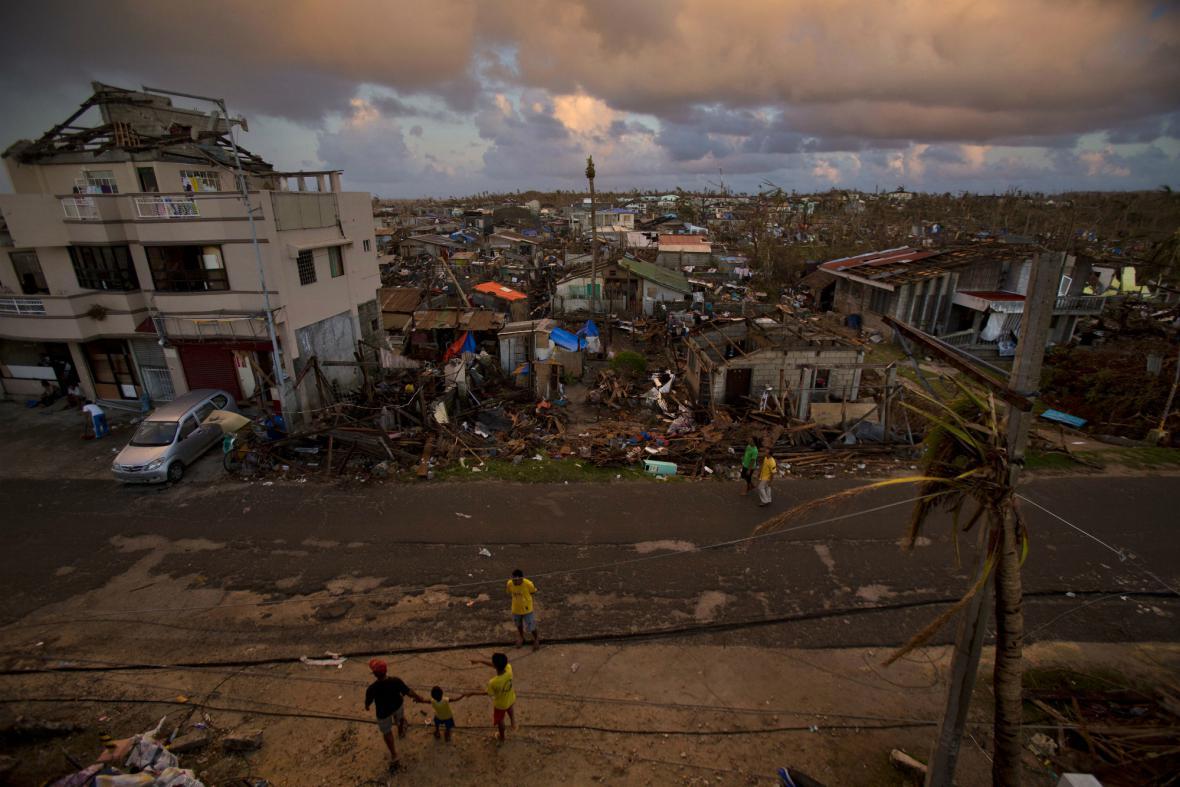 Poničené Filipíny