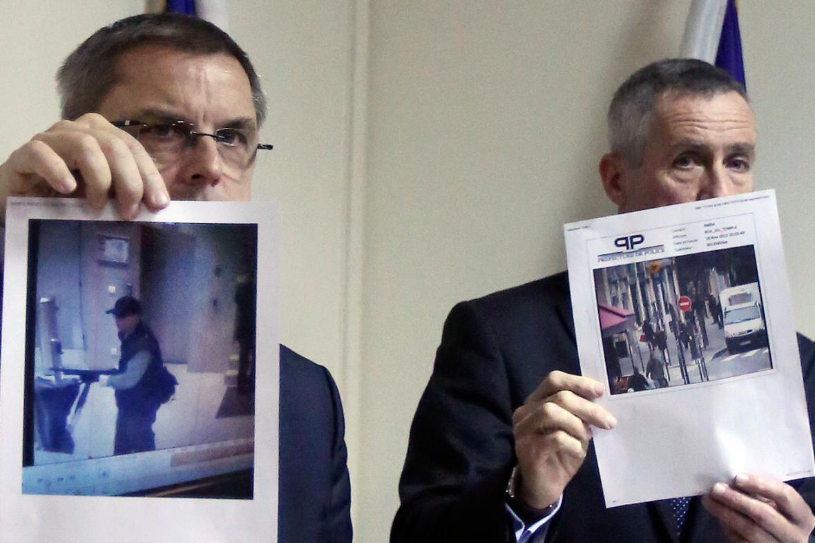 Policie se snímky muže podezřelého ze střelby v sídle Libération