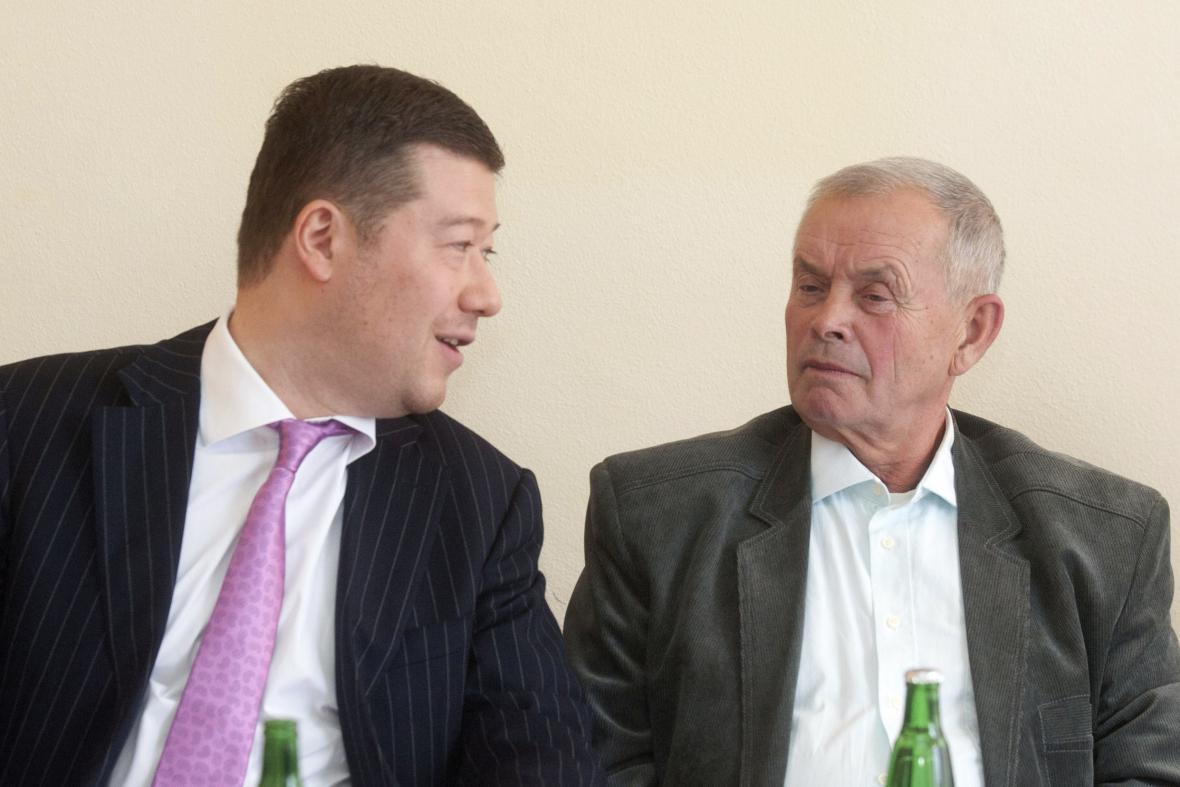 Tomio Okamura a kandidát Úsvitu Pavel Talaš