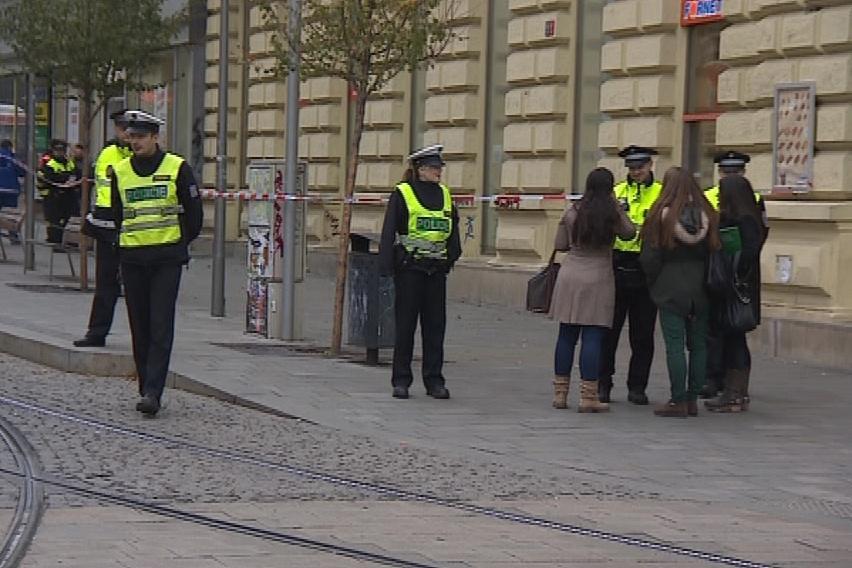 Kvůli úniku plynu policisté uzavřeli část ulice Česká
